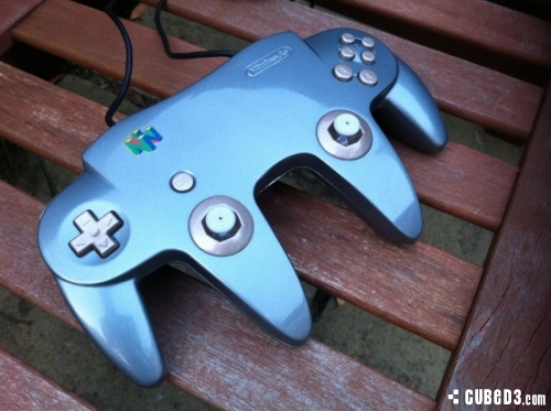 Image for Modder Blends Two N64 Controllers into One for Dual Analogue
