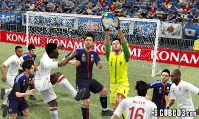 Screenshot for Pro Evolution Soccer 2013 3D on Nintendo 3DS - on Nintendo Wii U, 3DS games review