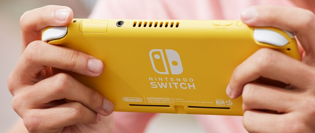 Image for Tech Up! Nintendo Switch Lite